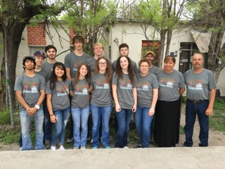 Bethel Friends Church Spring Invasion 2016 team pictures with their hosts for the week, Friends Church Pastors in Cloete, Coahuila, Mexico.
